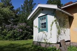 Brinkhall, Järvenrantahuvila