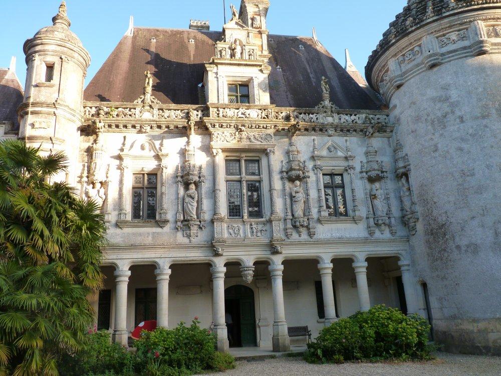 Chateau des Énigmes, Pons