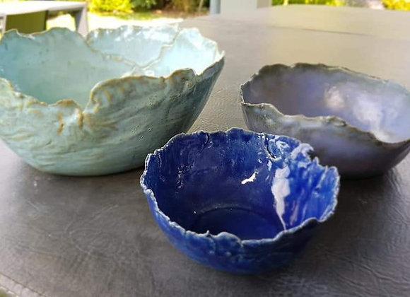 Decoratieve kommen - de blauwe imperfectie