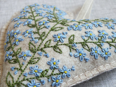 Rosita Forget-me-not Hand Embroidery Kit