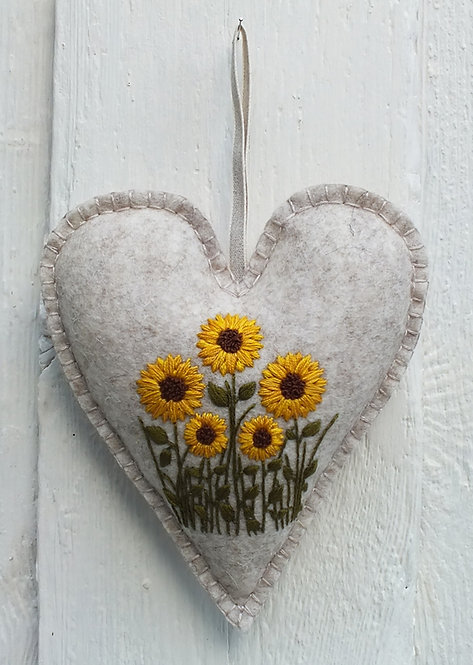 Phoebe Hand Embroidery Kit