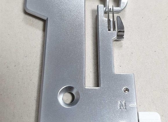 Singer S14-78 Needle Plate,Singer overlock needle plate,#68004423,Singer Needle plate