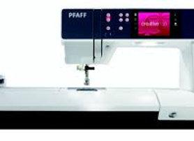 Pfaff Creative 3.0,sewing machine  (IDT)