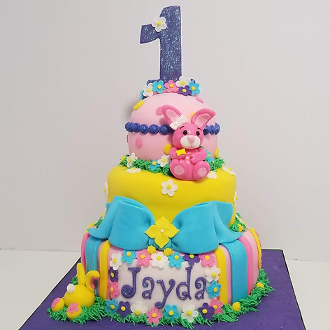 Adorable First Birthday Cake for Jayda