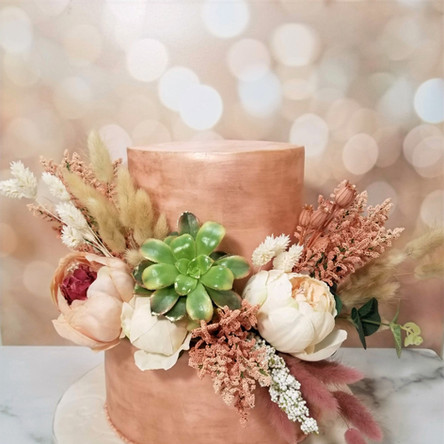 Blush and Gold Fondant Wedding Cake