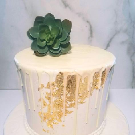 Edible Gold Leaf and Chocolate Drip Mini Cake