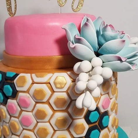 A close up of the Palm Springs vibe cake