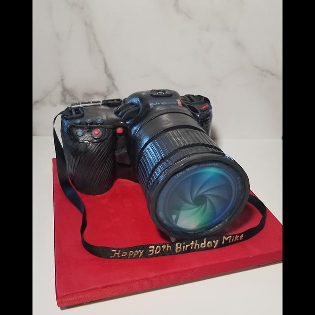 100% Edible Camera Cake