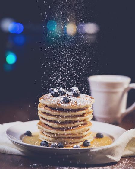Pancakes saupoudrés de sucre chez Quan Julie Pâtisse - L'atelier.
