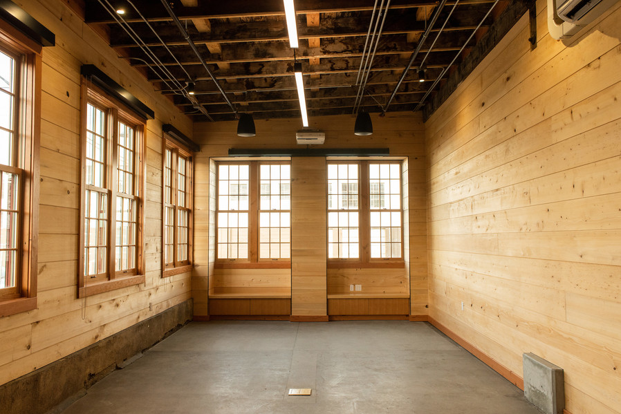 The spacious private suite