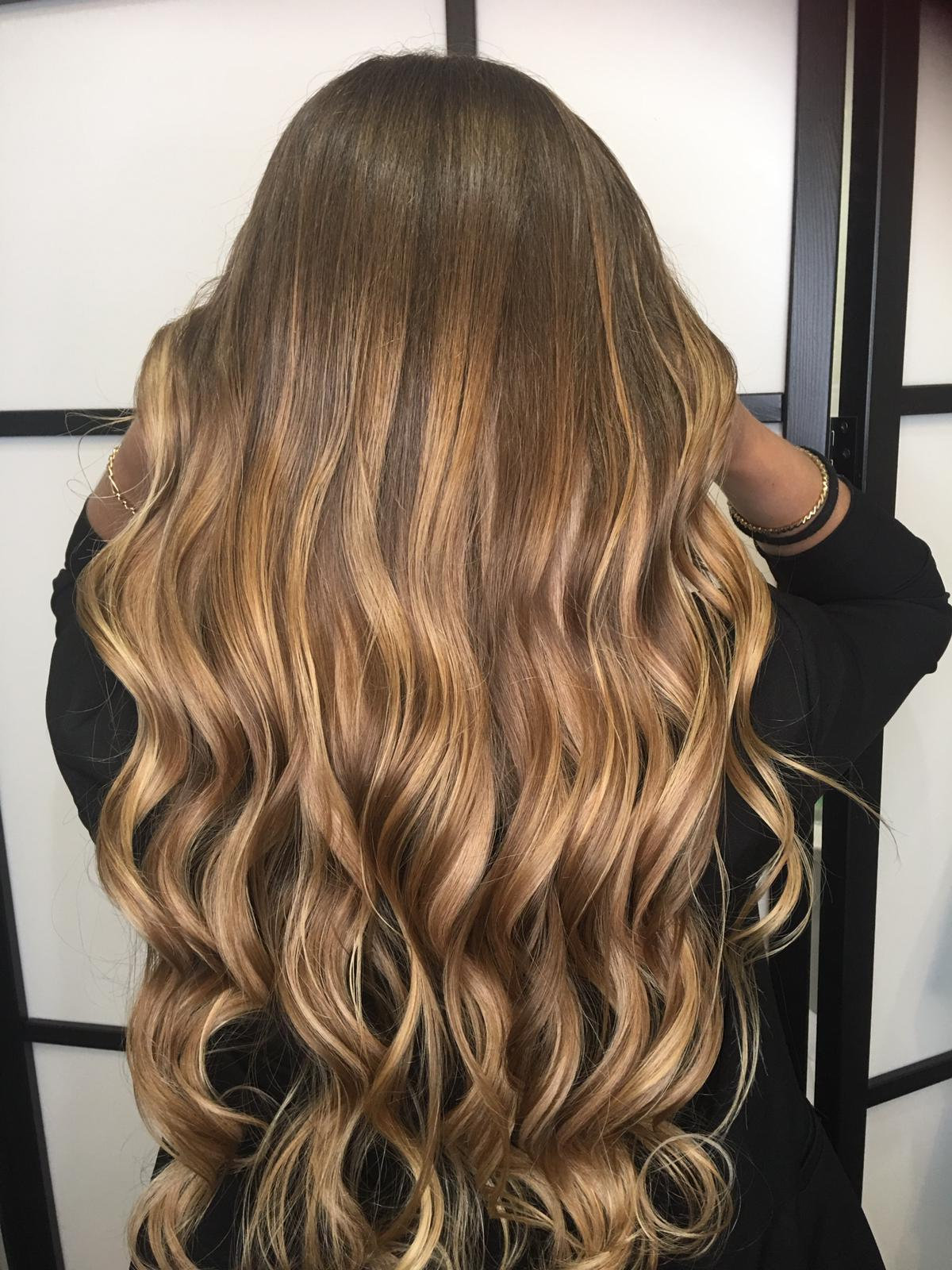 Wash, Blow Dry & Style (Long Hair)
