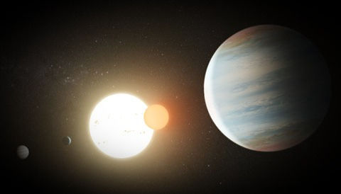 circumbinary-planets-art_edited.jpg