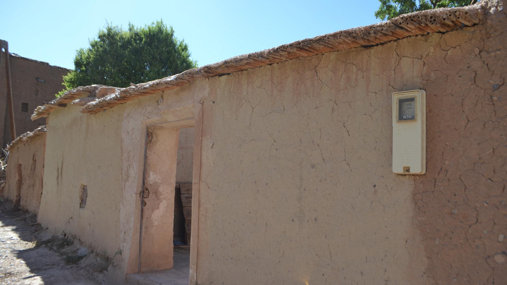 exterieur 3 petite maison.JPG