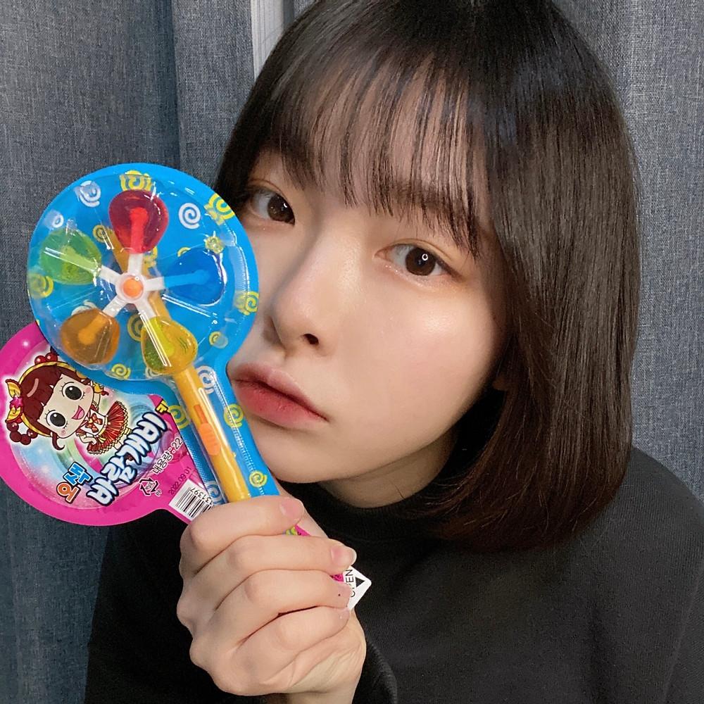 【日本初上陸】海外の動画配信サイトで驚異の1憶再生を突破した話題の風車キャンディが、4/6よりヴィレッジヴァンガード先行で発売決定!