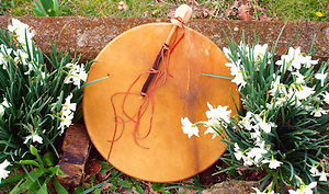 20 inch elk drum w custom drumstick 500.