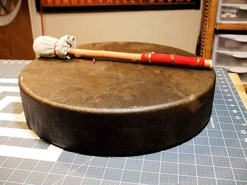 "15"" Decorated Cowhide Drum w/ all accessories"