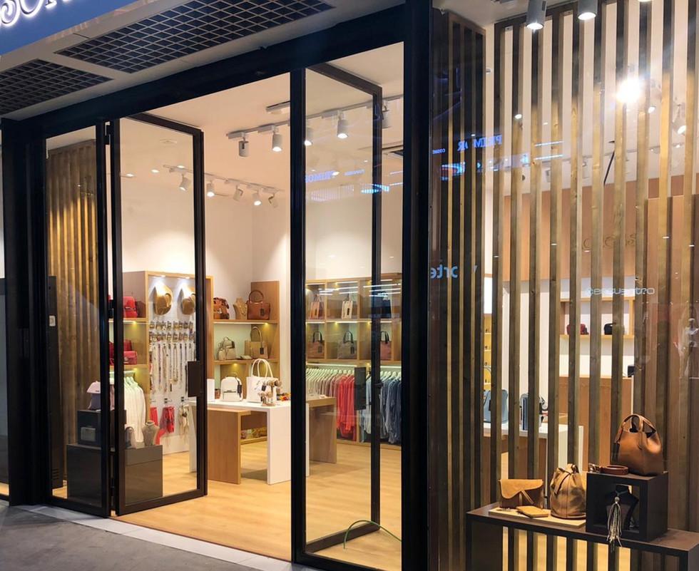 accessorissimo stores - women's fashion.jpg