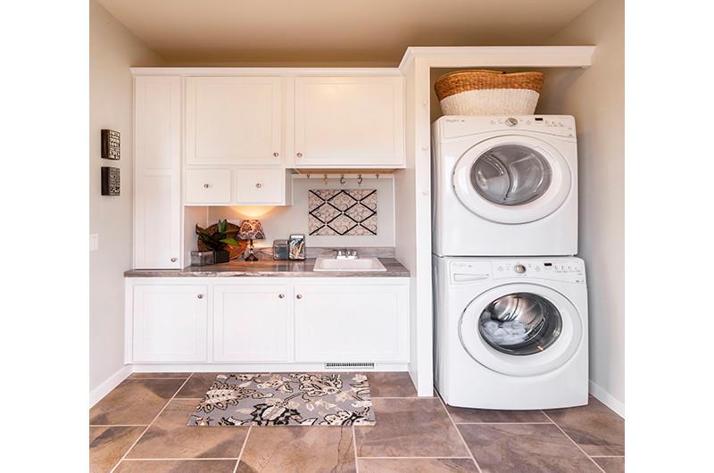 Laundry-sm.jpg