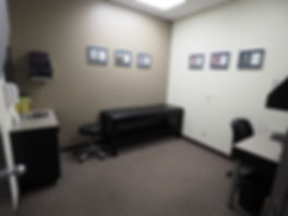 Exam room at Waterloo Sports Medicine Centre in Kitchener-Warerloo, near Wilfred Laurier University, University of Waterloo and Connestoga College