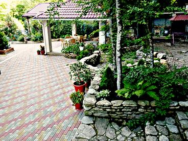 Гостевой дом Лесной. Внутренний дворик
