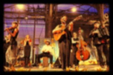 orchestre LES BALOCHIENS bal populaire chanson française guinguette variété