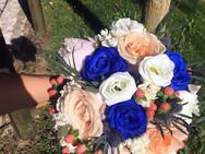 bouquet rosas azuis.JPG
