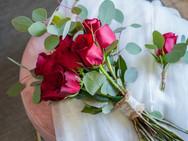 bouquet e lapela rosas vermelhas.jpg