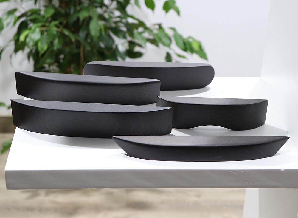 Tiradores de madera para canapé color negro