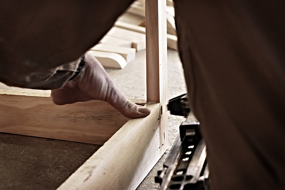 Fábrica de armazones para tapicería