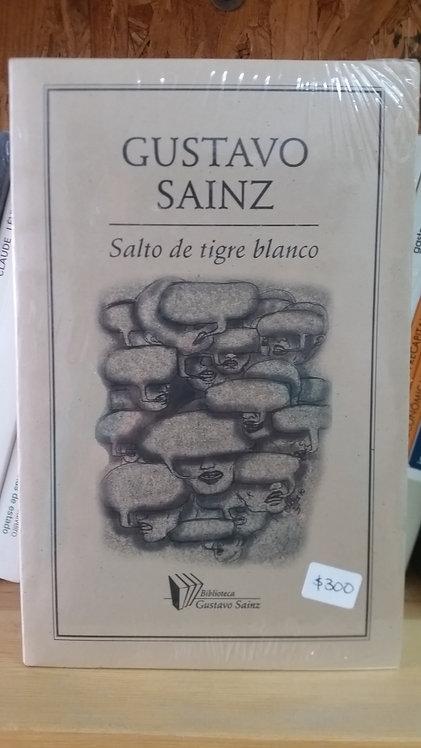 Salto de tigre blanco/Gustavo Sainz