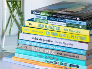 El plástico y los libros