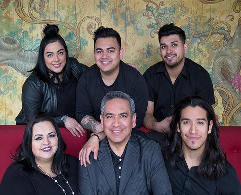 Zaragoza Family Portrait 2018.jpg