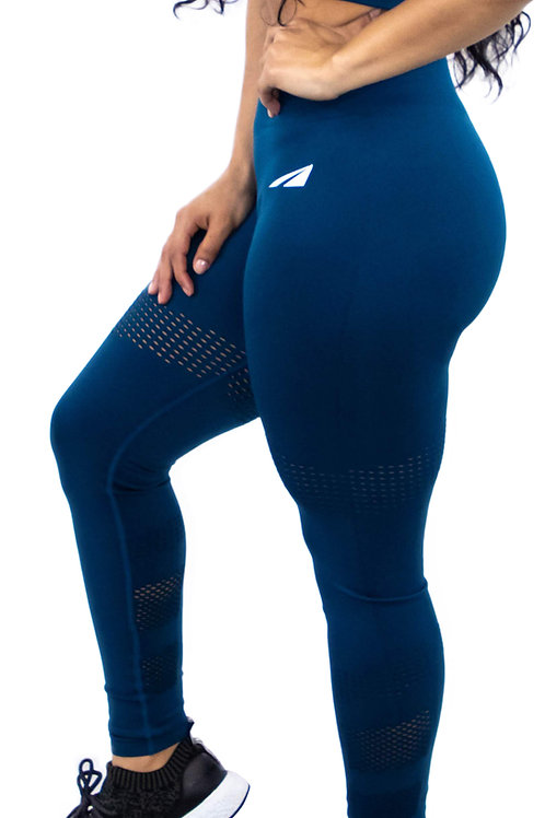 SEAMLESS NAVY
