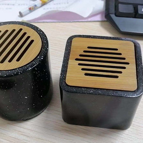 Why we choice PLA to make electronics as promotional gifts?