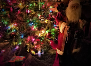 Let the Christmas spirit ring...