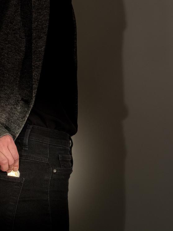 Wie verdecke ich eine geheime Handbewegung?