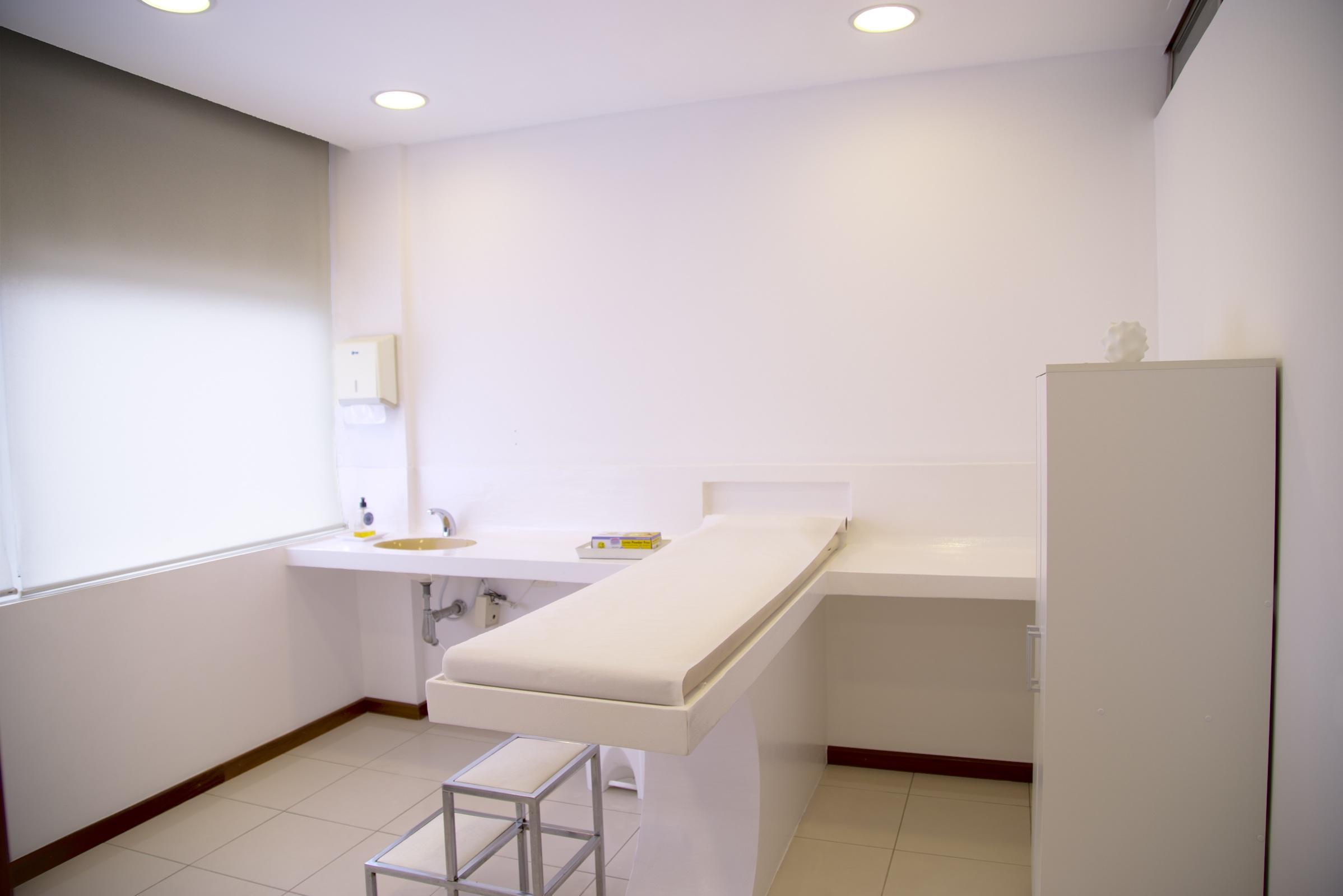 treatment-room-548143