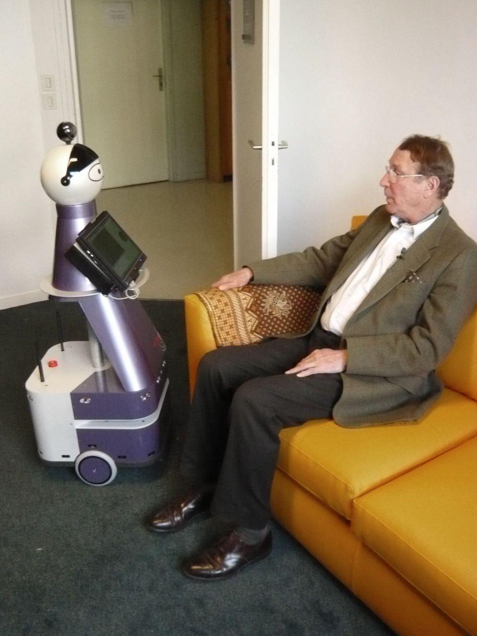 RobotAlzheimer.jpg