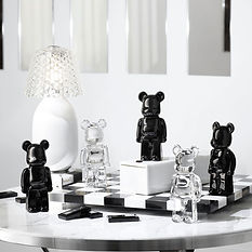bearbrick-reflections.jpg