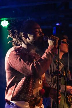 silk_ocean_the_siren Hakeem singing.jpg