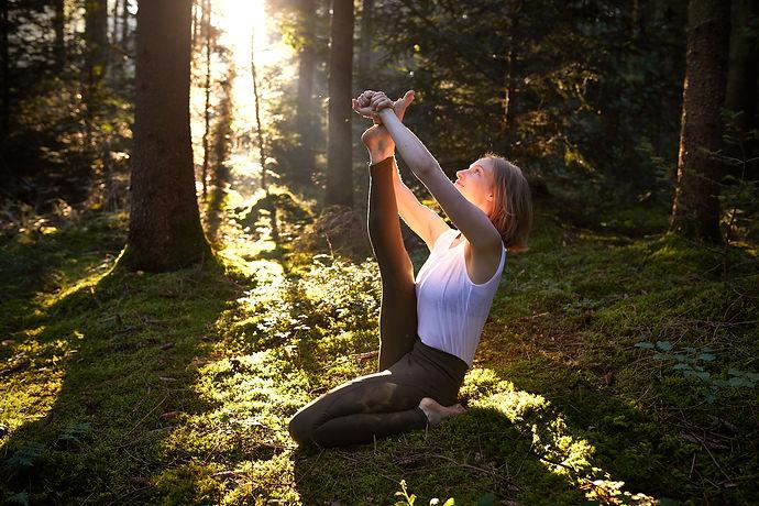 anja-vogelmann-anmutigleben-yoga-freisin