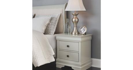 Jorstad Queen Bed with 2 Nightstands ITE