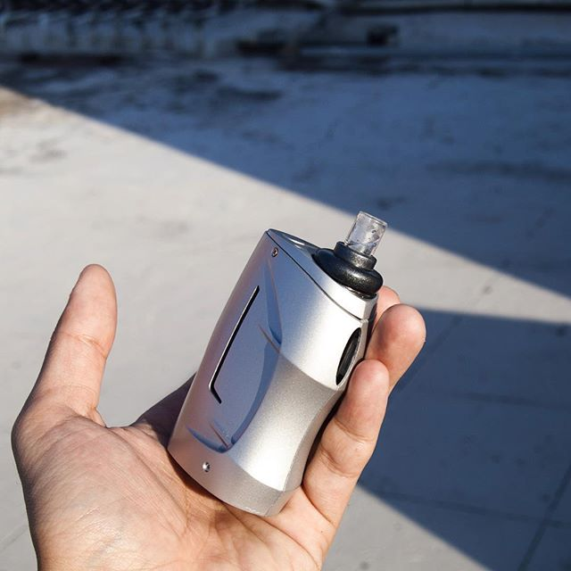 What do you think for this little monster💪_#vapelyfe#vapefam#vapecommunity #vapeon#vapedaily#girlsw