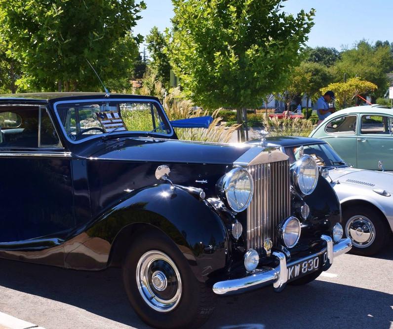 Car Show - 1953 Rolls Royce Silver Wraith.jpg