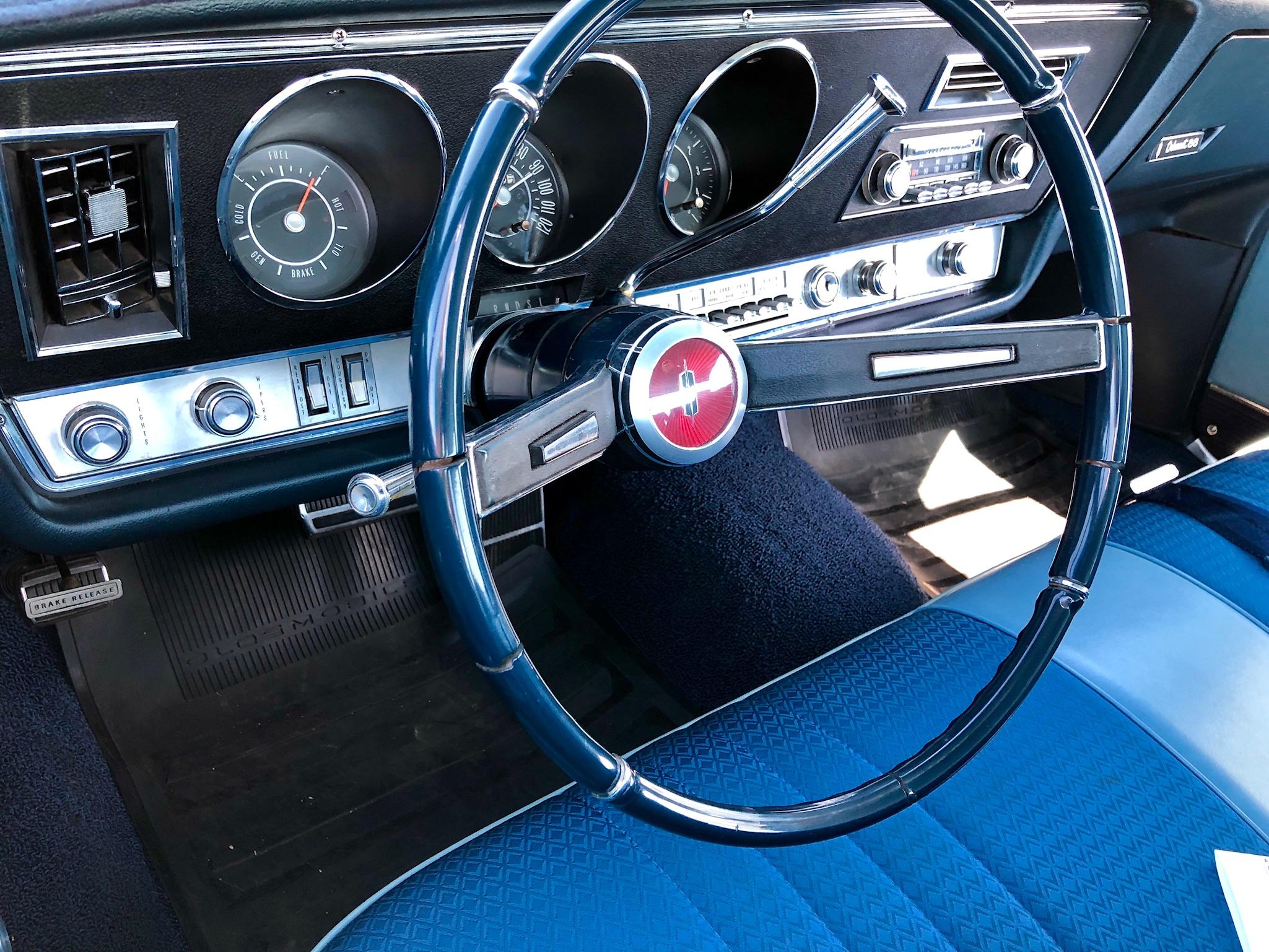 Oldsmobile - IMG_0376
