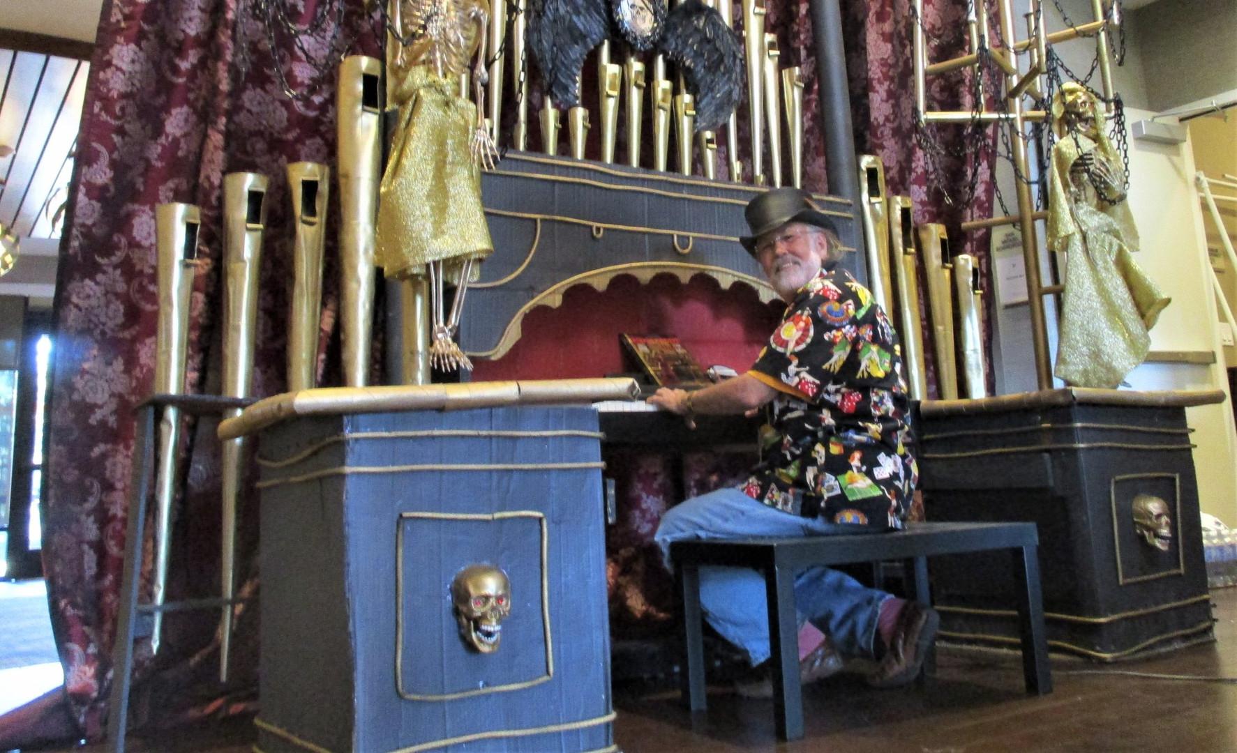 Bill and his great big organ.jpg