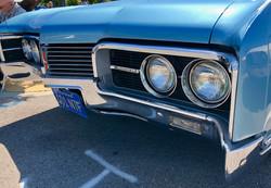 Oldsmobile - IMG_0375