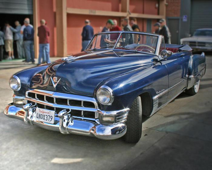1949_Cadillac_Series_62.jpg