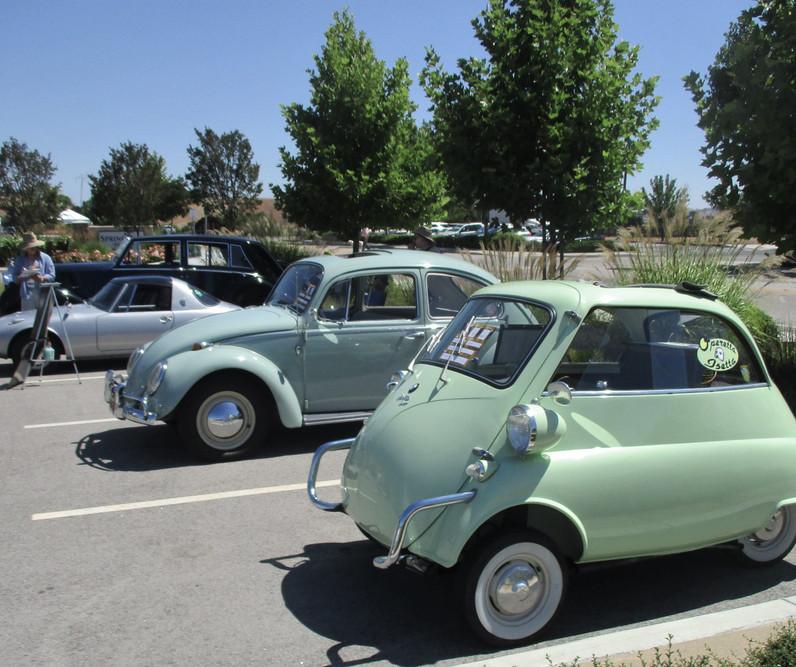 Car Show - Isetta and Bug.jpg