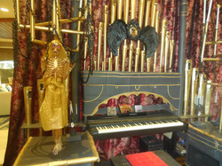 Decorations - Organ